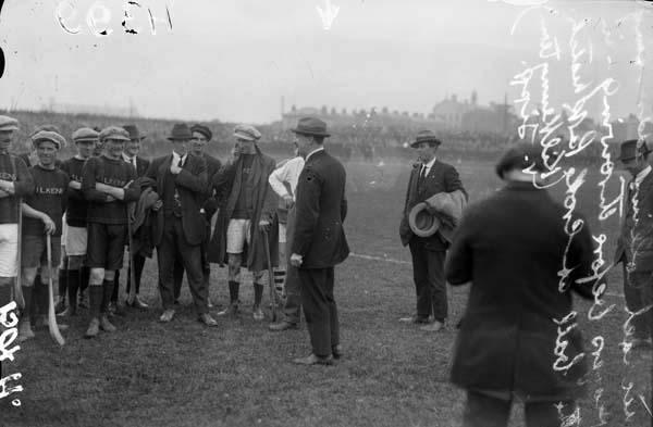 Michael Collins meeting the Kilkenny hurling team at Croke Park, 1921